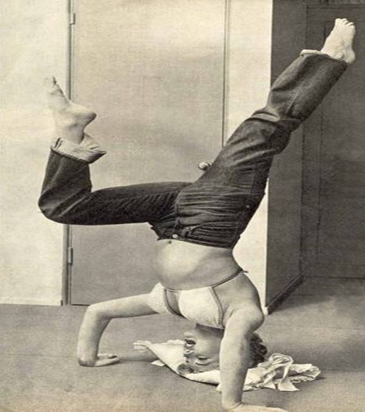 Marilyn Monroe Headstand Shirsasana V